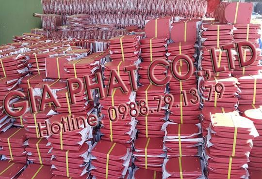 http://gachngoigiaphat.com/image/catalog/album/90-ngoi-vay-ca-phu-son-chong-tham-mau-do-do.jpg